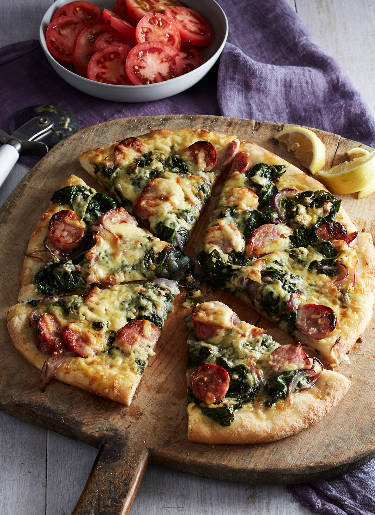 apple-sausage-and-spinach-pizza-16931-w